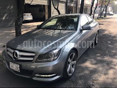 Foto venta Auto usado Mercedes Benz Clase C 250 CGI Coupe Aut (2013) color Plata Paladio precio $295,000