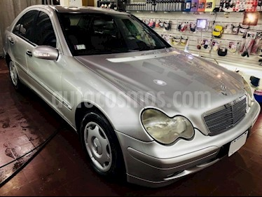 Foto venta Auto Usado Mercedes Benz Clase C C220 CDI TD Elegance Aut (2002) color Gris Claro precio $199.000