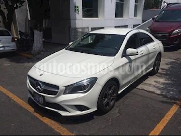 Foto venta Auto Seminuevo Mercedes Benz Clase CLA 200 CGI Sport (2016) color Blanco precio $373,900