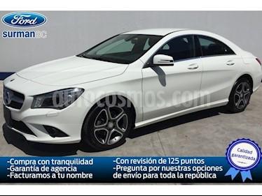 Foto venta Auto Seminuevo Mercedes Benz Clase CLA 4P 250 2.0 CGI SPORT AT (2016) color Blanco precio $375,000