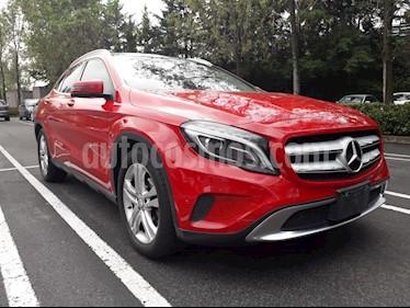 Foto venta Auto Seminuevo Mercedes Benz Clase GLA 200 CGI Aut (2014) color Rojo precio $320,000