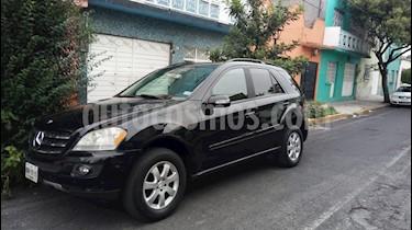 Foto venta Auto usado Mercedes Benz Clase M ML 350 Lujo (2006) color Negro precio $160,000
