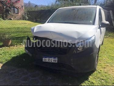 Foto venta Auto Usado Mercedes Benz Vito Furgon 111 CDi V1 Ac (2017) color Blanco precio $400.000