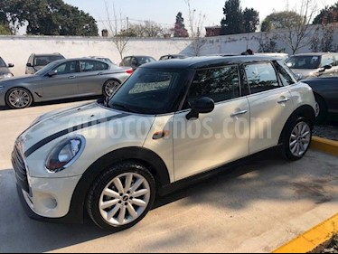 Foto venta Auto Usado MINI Cooper Pepper 1.5 5P Wired (2017) color Crema precio u$s27.900