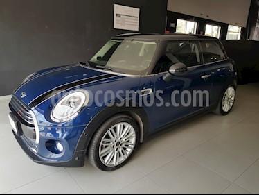 Foto venta Auto Seminuevo MINI Cooper Pepper Aut (2017) color Azul Cosmico precio $349,000