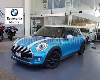 Foto venta Auto Seminuevo MINI Cooper Pepper Aut (2016) color Azul precio $305,000