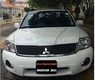 Foto venta Auto usado Mitsubishi Endeavor XLS (2011) color Blanco precio $160,000