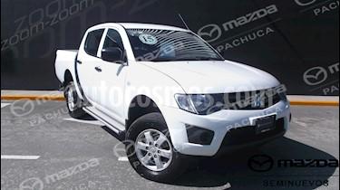 Foto venta Auto Usado Mitsubishi L200 4x2 2.4L Cabina Doble (2015) color Blanco precio $214,000