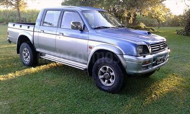 foto Mitsubishi L200 4x4 GLX TDi Full CD