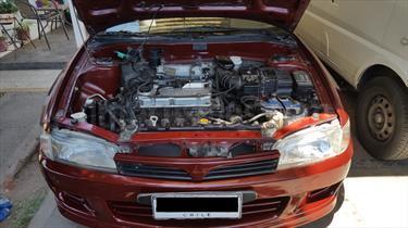 Foto venta Auto usado Mitsubishi Lancer 1.6 GLXI Aut (1998) color Rojo Burdeos precio $2.200.000