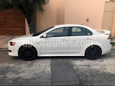 Foto venta Auto Seminuevo Mitsubishi Lancer ES Aut (2014) color Blanco precio $157,900