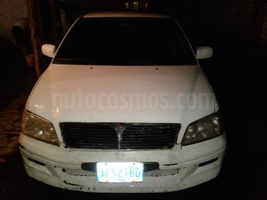 Foto venta carro usado Mitsubishi Lancer GLXi Auto. (2002) color Blanco Alaska precio BoF35.000