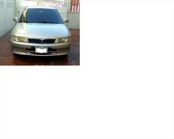 Mitsubishi Lancer GLXi Auto. usado (1998) color Gris Plata  precio u$s1.600