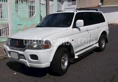 Foto venta carro Usado Mitsubishi Montero Sport 3.0L 4x4 Aut  (2001) color Blanco precio u$s4.000