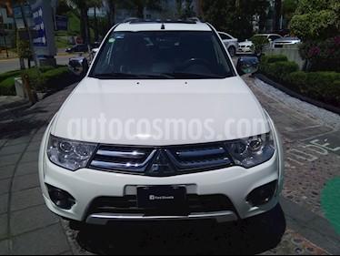 Foto venta Auto Usado Mitsubishi Montero Sport 3.5L Sun & Sound (2015) color Blanco precio $315,000
