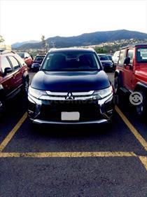 foto Mitsubishi Outlander 2.4L SE Plus