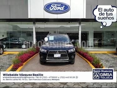 Foto venta Auto Usado Mitsubishi Outlander 2.4L XLS (2013) color Negro precio $152,000