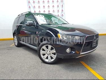 Foto venta Auto Seminuevo Mitsubishi Outlander 3.0L Limited (2013) color Negro precio $200,000