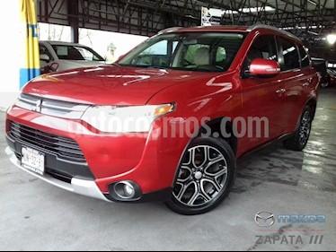 Foto venta Auto Seminuevo Mitsubishi Outlander Mitsubishi Outlander 2.4L Limited (2015) color Rojo precio $270,000