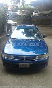 Foto venta carro Usado Mitsubishi Signo GLi 1.3L (2005) color Azul precio u$s1.800