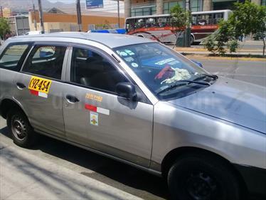 Nissan AD Wagon Automatico usado (2003) color Plata precio u$s1,000