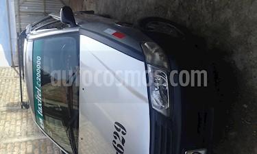 Nissan AD Wagon  usado (2003) color Plata precio u$s6,000