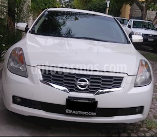 Foto venta Auto usado Nissan Altima Coupe SR 3.5L (2009) color Blanco precio $120,000