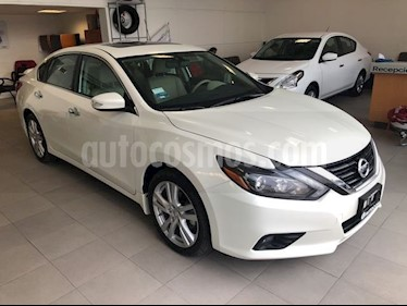 Foto venta Auto Seminuevo Nissan Altima 3.5 EXCLUSIVE CVT 4P (2017) color Blanco precio $425,000