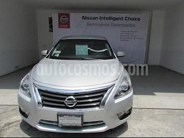 Foto venta Auto Usado Nissan Altima Advance (2015) color Plata precio $242,000