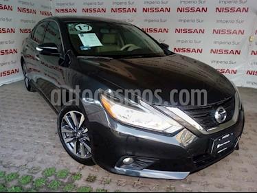 Foto venta Auto Seminuevo Nissan Altima Advance (2017) color Azul precio $340,000