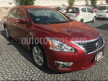 Foto venta Auto Seminuevo Nissan Altima Advance (2016) color Rojo precio $358,500