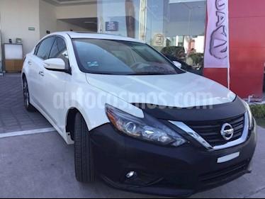 Foto venta Auto usado Nissan Altima ALTIMA EXCLUSIVE V6 CVT (2017) color Blanco precio $483,000