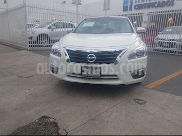 Foto venta Auto Usado Nissan Altima Exclusive (2015) color Blanco precio $285,000
