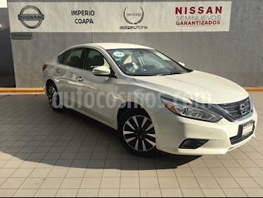 Foto venta Auto Usado Nissan Altima Sense (2017) color Blanco precio $330,000