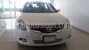 Foto venta Auto Seminuevo Nissan Altima SR 3.5L CVT (2012) color Blanco precio $185,800