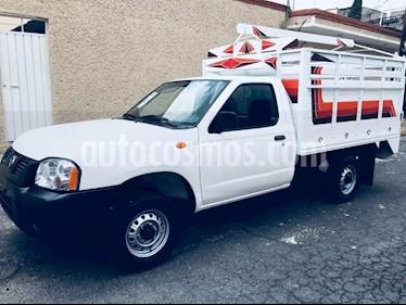 Foto venta Auto Seminuevo Nissan Estacas Largo TM5 (2009) color Blanco precio $74,500