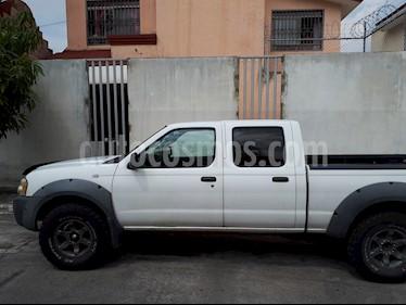 Foto venta Auto Seminuevo Nissan Frontier SV 4x2 V6 (2003) color Blanco precio $105,000