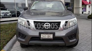 Foto venta Auto Seminuevo Nissan Frontier XE 2.4L (2017) color Gris precio $295,000