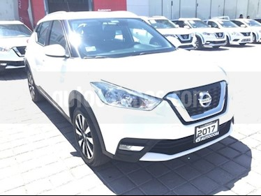 Foto venta Auto Seminuevo Nissan Kicks Advance Aut (2017) color Blanco precio $258,000