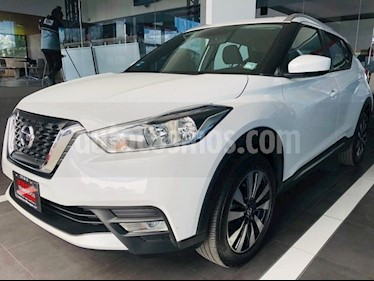Foto venta Auto Seminuevo Nissan Kicks Advance Aut (2017) color Blanco Perla precio $285,000