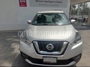Foto venta Auto Usado Nissan Kicks Exclusive Aut (2017) color Plata precio $320,000