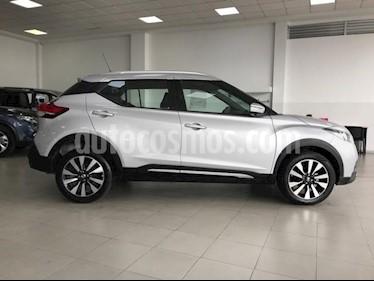 Foto venta Auto Usado Nissan Kicks Exclusive Aut (2017) color Plata precio $310,000