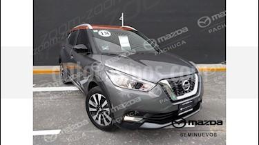 Foto venta Auto Seminuevo Nissan Kicks Exclusive Aut (2018) color Gris Oxford precio $319,000
