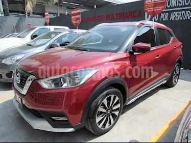 Foto venta Auto Seminuevo Nissan Kicks Exclusive Aut (2017) color Rojo Infierno precio $290,000