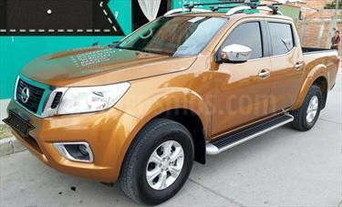 Foto venta Auto Seminuevo Nissan NP300 Frontier LE A/A (2017) color Dorado precio $310,000