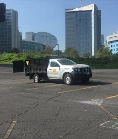foto Nissan NP300 2.4L Chasis Dh  Paquete de seguridad
