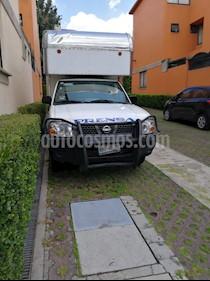 Foto venta Auto usado Nissan NP300 2.4L Estacas Dh  Paquete de Seguridad (2014) color Blanco precio $180,000
