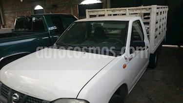 Foto venta Auto usado Nissan NP300 2.4L Estacas Dh (2009) color Blanco precio $122,000