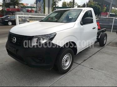 Foto venta Auto Seminuevo Nissan NP300 CHASIS CABINA T/M DH PAQ. SEG. (2018) color Blanco precio $256,000