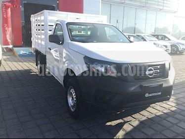 Foto venta Auto usado Nissan NP300 NP300 CHASIS CABINA TM DH AC 6VEL PAQ SEG (2018) color Blanco precio $270,000